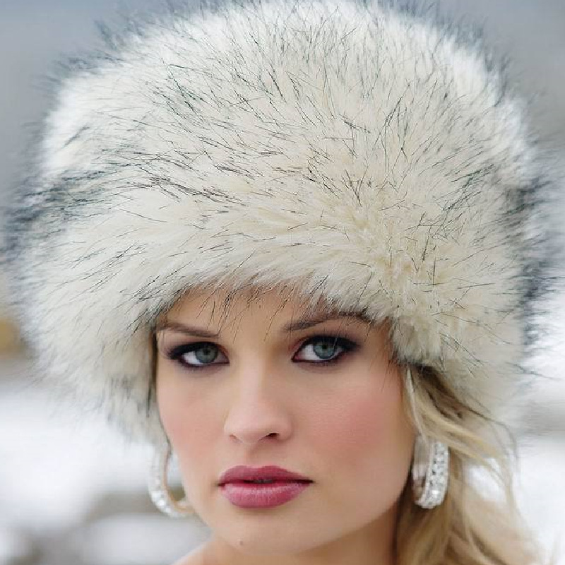 Warm Up With Women's Winter Hats. Make sure you're ready for the elements with women's winter hats from DICK'S Sporting Goods. Choose from a huge variety of winter headbands for women, cold-weather beanies, earflap hats and pom styles that deliver incredible comfort and style.