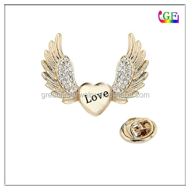 Gold Flying Heart Collar Brooch love jewelry