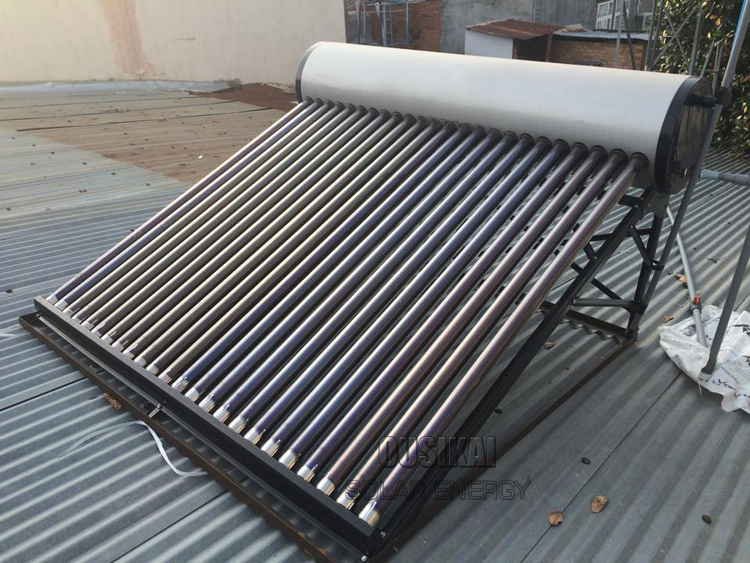 Green Energy Sun Solar Water Heater With Vacuum Tubes