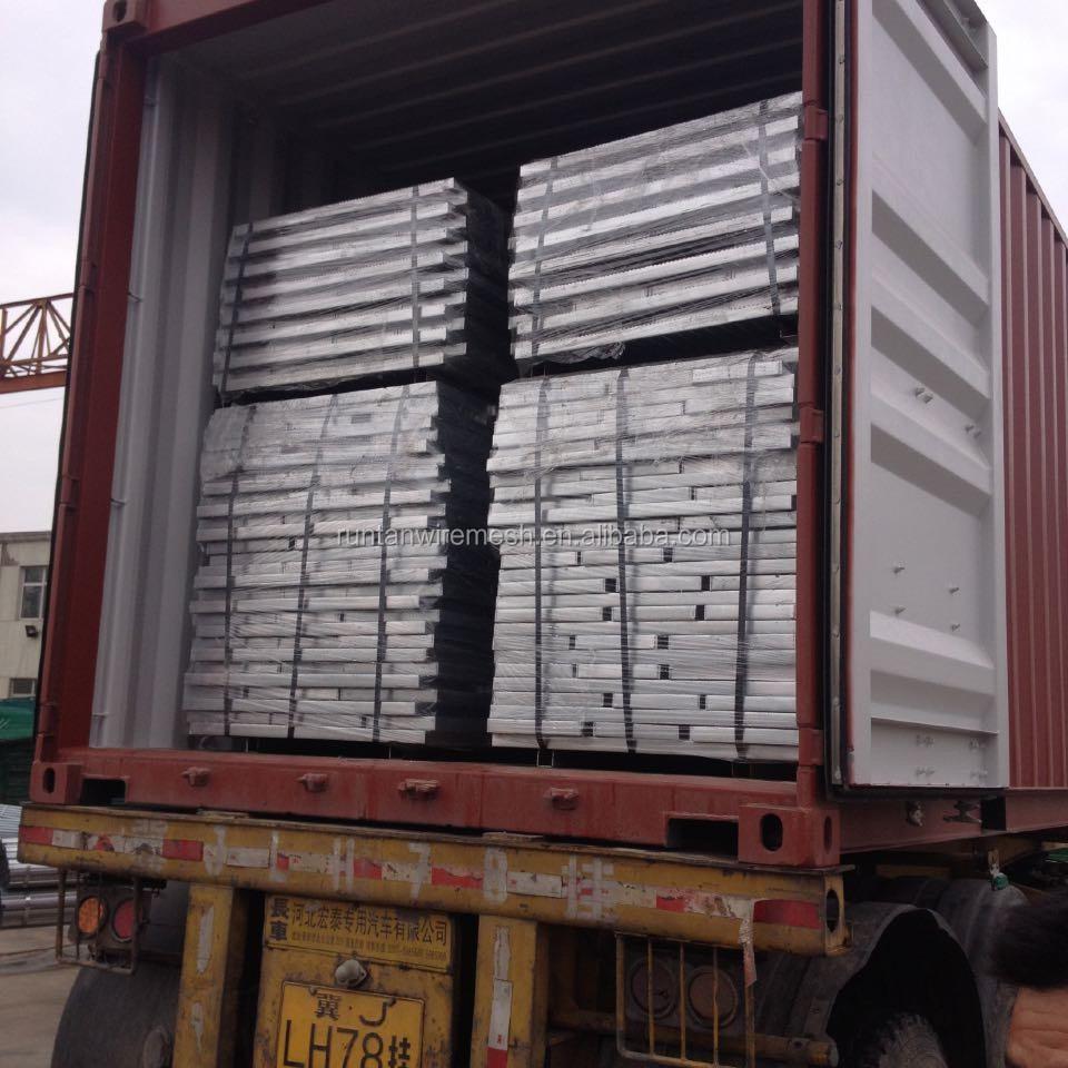 Runtan High Quality Galvanised Steel Stair Tread Steel
