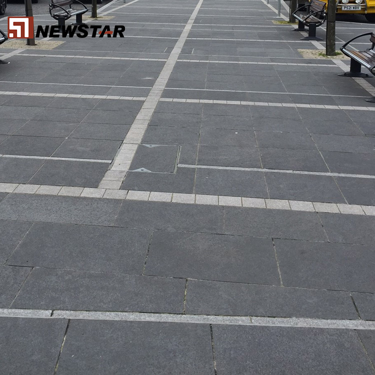 Popular color Black Floor Non-Slip Flamed Outdoor Cheap Different Types Of Granite Tile