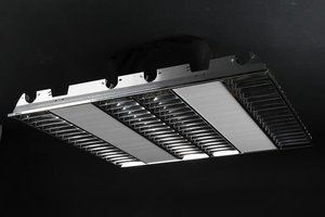 Optical louvers for fixture 4x14/24w