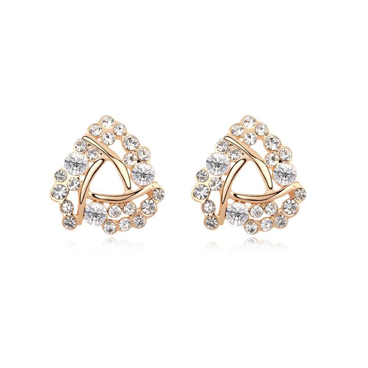18k Dubai Gold Triangle Shap Stud Earrings With Crystal Diamond