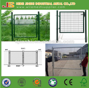 Decorative Euro Garden Fence Gate , Green Coated Garden Gate With Lock and Keys