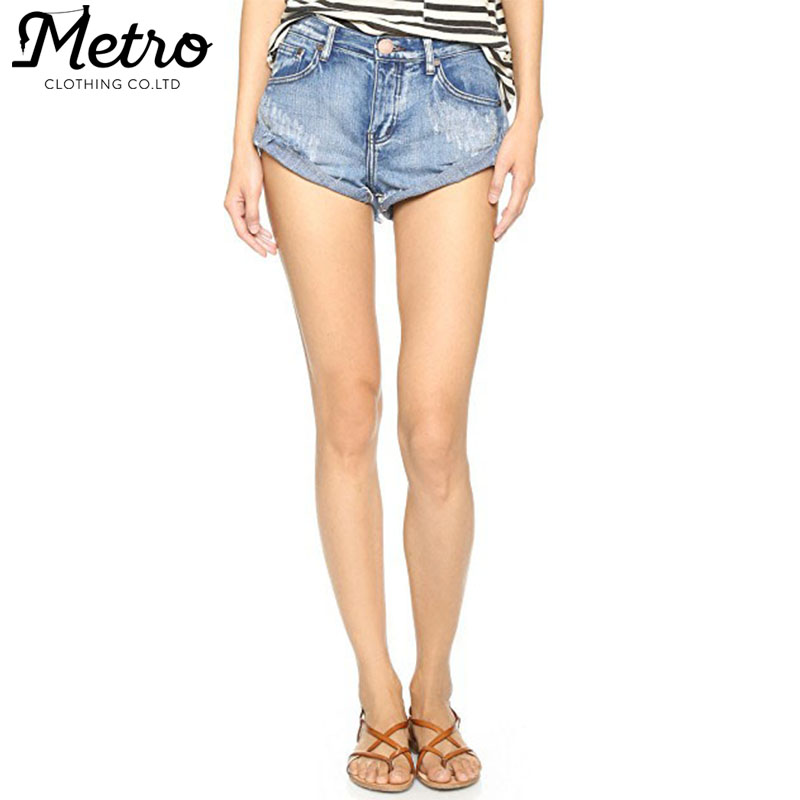 Wholesale Cropped Frayed faded women denim shorts
