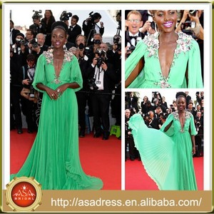 CN09 Sexy Lupita Nyong'o Celebrity Pleats Emerald Green Chiffon Evening Dresses