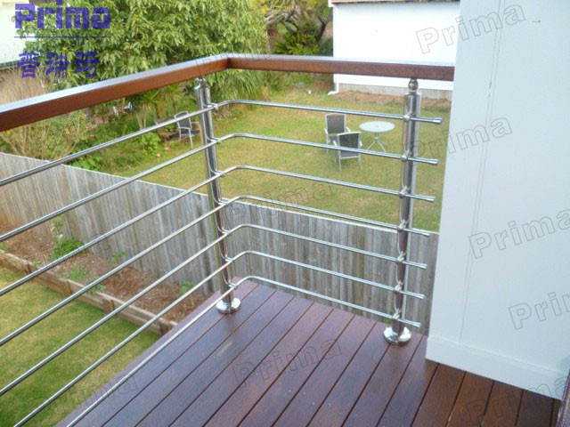 Outside Stainless Steel Rod Wooden Handrail Cheap Deck Railing
