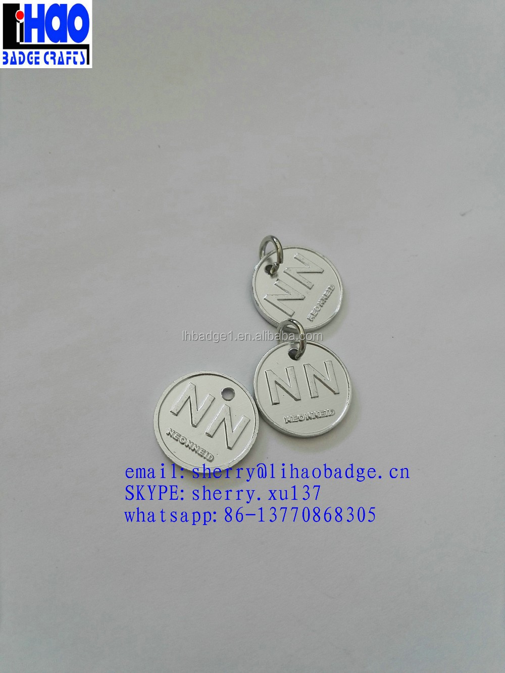 Custom Stamped Round Metal Jewelry Tags Logo Engraved Charms Hang Tag For