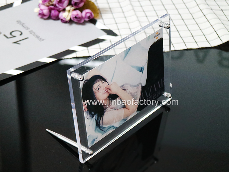 transparent photo frame.jpg