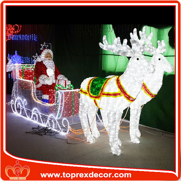 Image gallery large outdoor christmas decorations for Large outdoor christmas decorations for sale