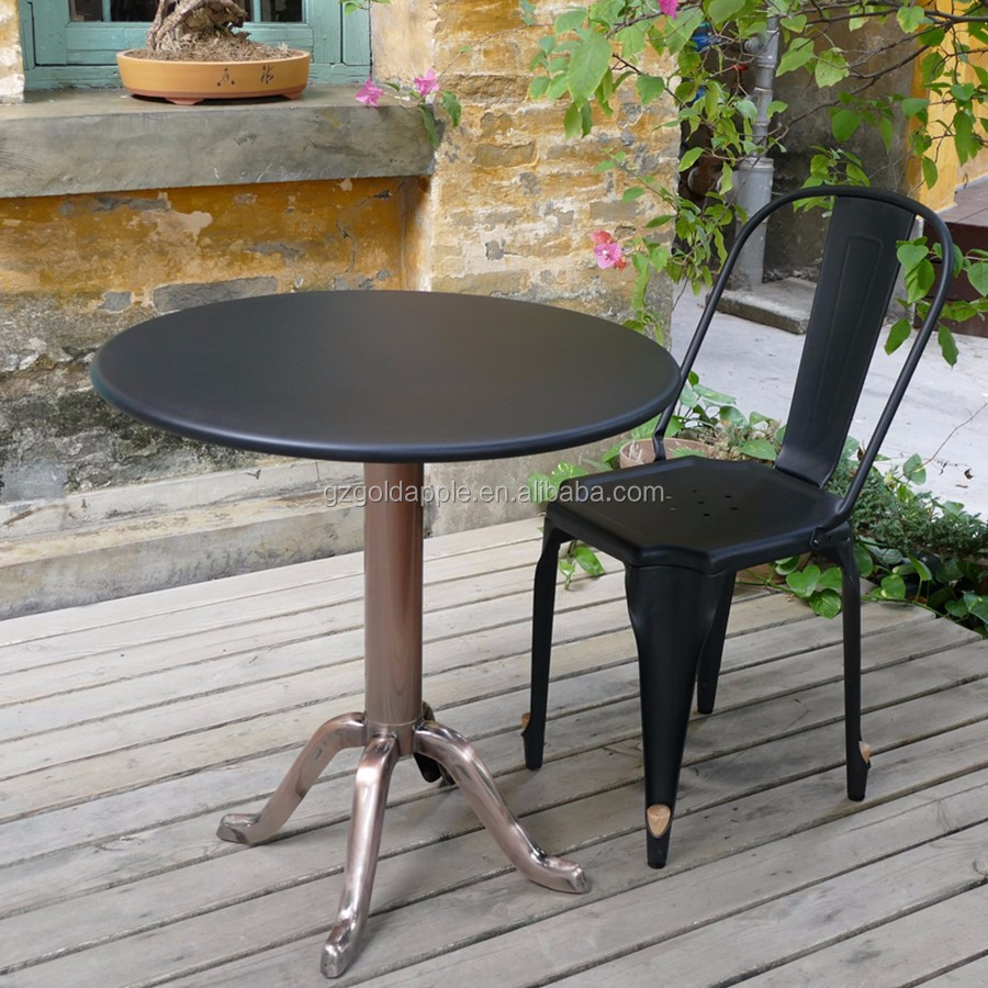 Outdoor Industrial Metal Cafe Table And Chair Garden Tea Table Set