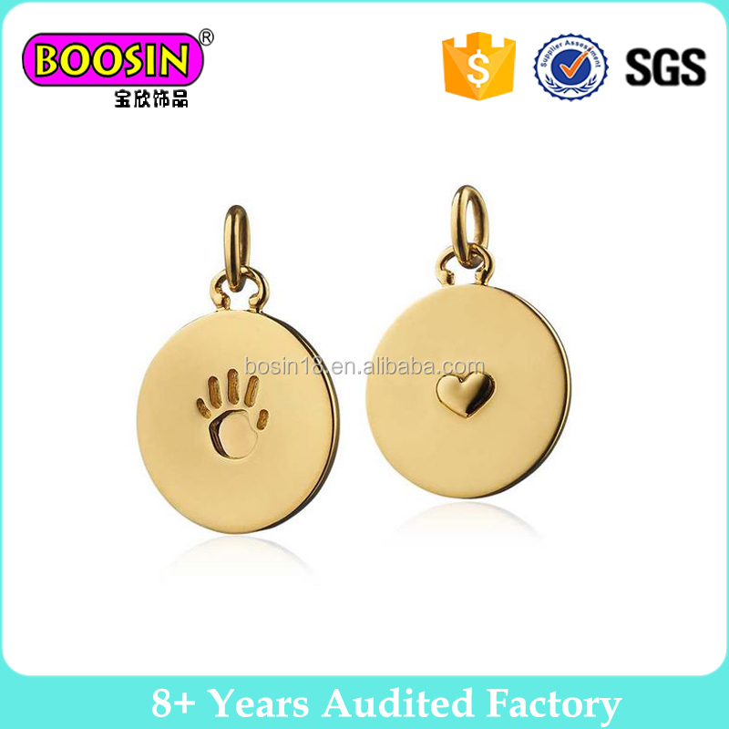 Zinc alloy hand print and heart custom brand logo metal tag charm for jewelry #B312