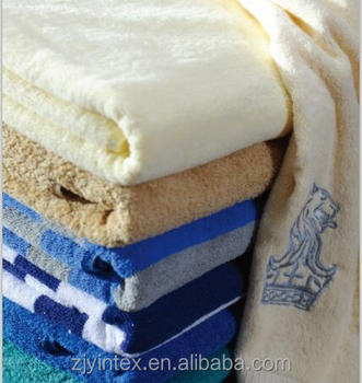 Gold supplier 100% cotton yarn dyed hotel terry beach towel,hotel cotton beach towels wholesale