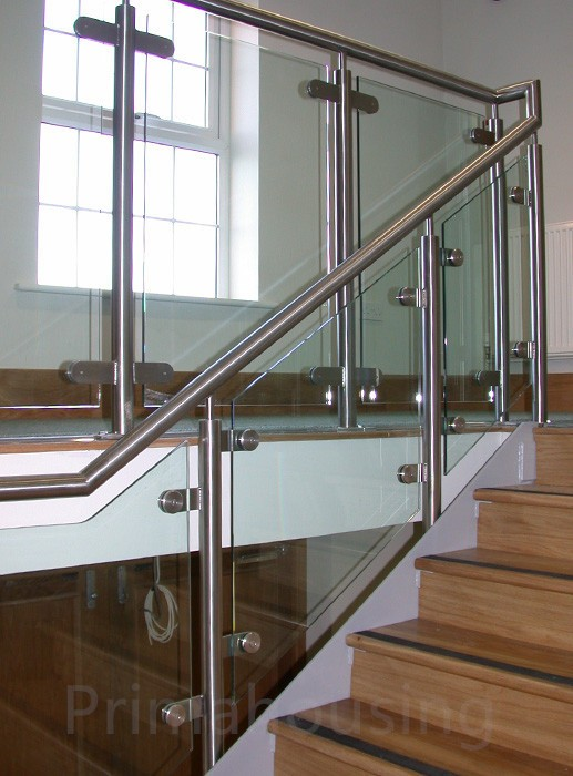 Stainless Steel Staircase Railing System/Laminated Glass Balustrade