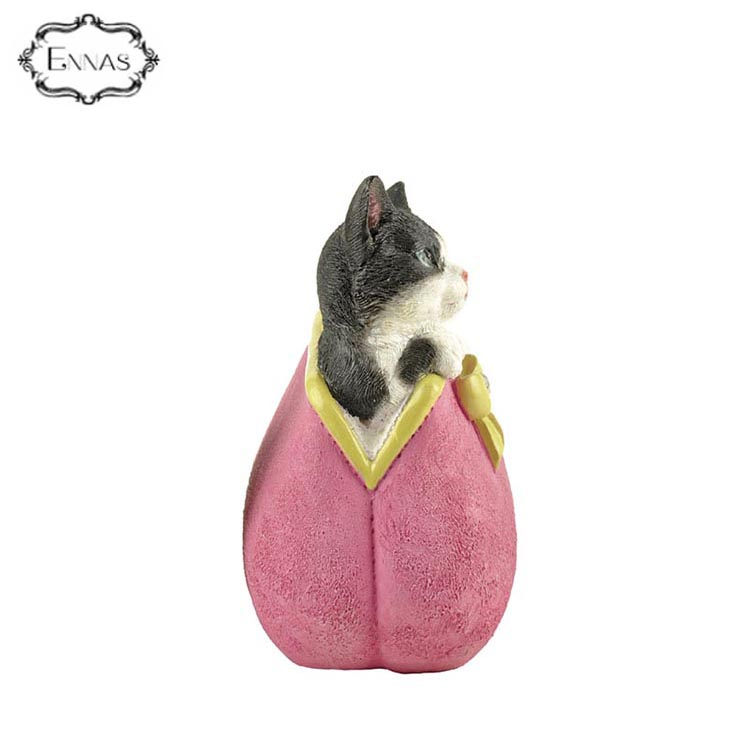 Eco-friendly Resin Cat Wallet Figurine with Good After-sale Service
