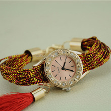 New Vintage Style Fashion Watch Women Elegant Round Dial Casual Quartz Wristwatch Personality Ladies Popular Retro SWatch