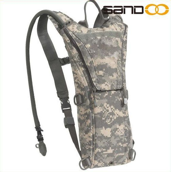Quanzhou factory tactical military hydration camelback for hiking, climbing camo bag