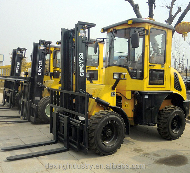 CE Approved 4x4 Diesel Rough Terrain Cab Forklifts 6k Lbs Lift 22 Ft Mast Low Reserve for Sale