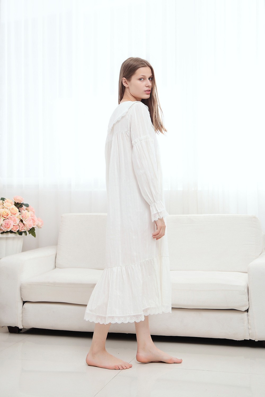 ebfcce31acfd Al por mayor-2017 largo camisón de algodón princesa Sleep Lounge mujeres  blanco Home Dress Sleepshirts camisón femenino Vintage Camisao # P165