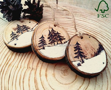 Custom Fashion Round Shape Wooden Christmas Ornaments