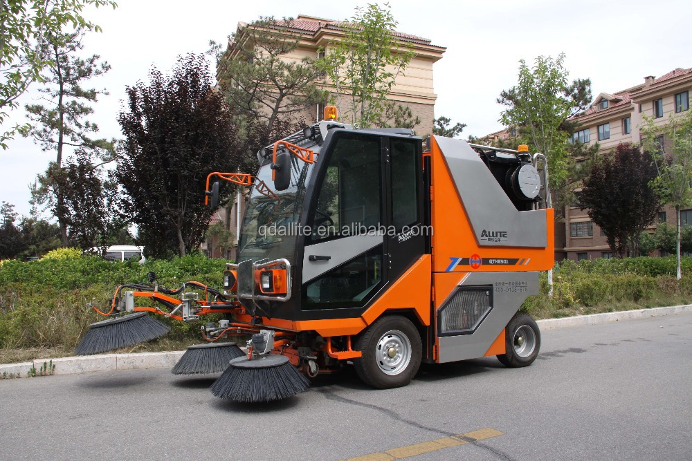 Road sweeping machine suitable for Park