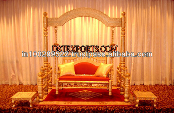 Wedding Stylish Gold Jhula