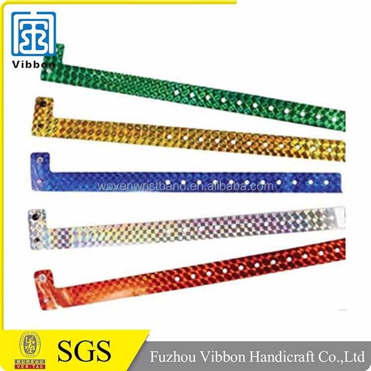 free customized L shape vinyl wristbands with low price