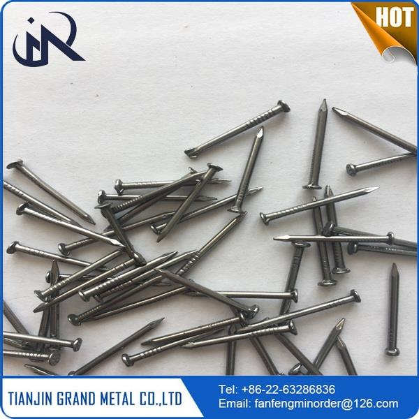 Plastic wall babred low price galvanized barbed wire made in China