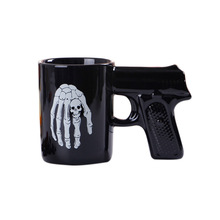 Zogift Hot sale creative black pistol grip coffee cups funny souvenir cool ceramic gun shape mug
