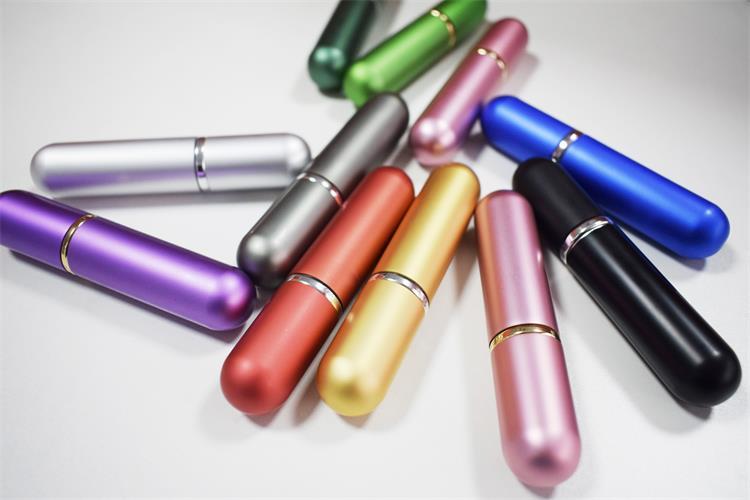 Alta qualidade bonito 5 ml de alumínio recarregável atomizador perfume spray garrafa