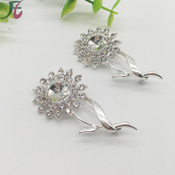 Fashion elegance style sunflower shape rhinestone brooches use for garment decoration felt flower channel brooch pin