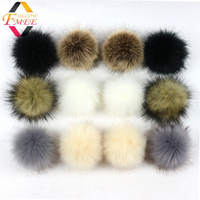 Latest fluffy smooth faux rabbit fur pompoms balls bulk faux animal rabbit fur pompons ball