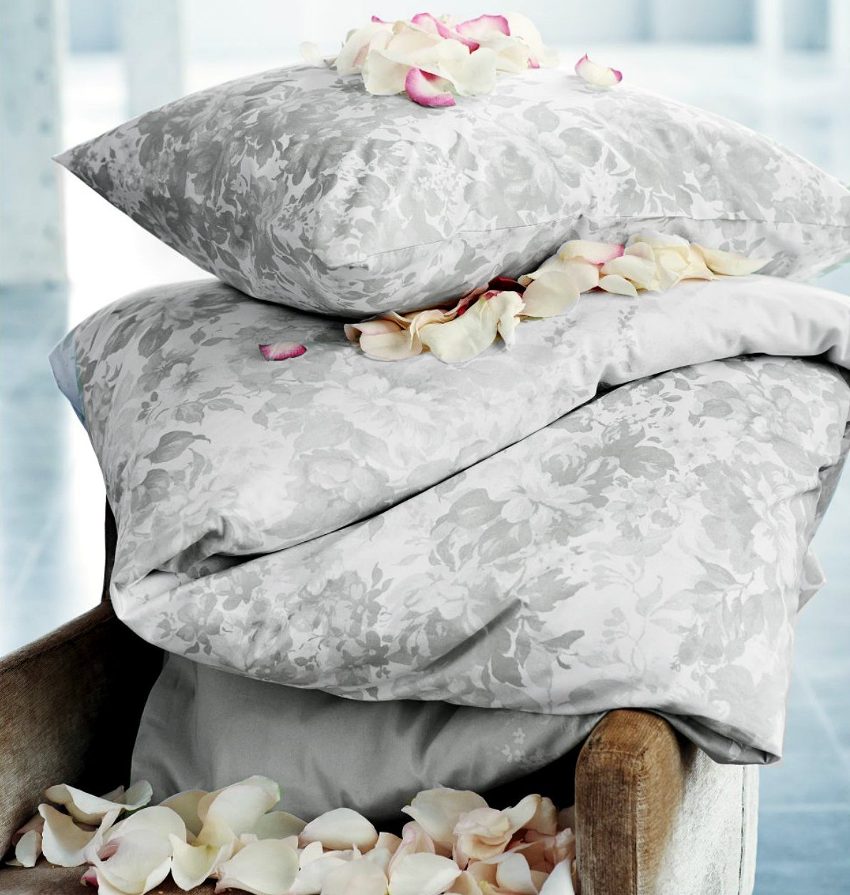 French Country Floral Border Duvet Quilt Cover 2pc Set Twin 100% Cotton Grey Gray White Leaves Silhouette Floral Garden Branches (Twin/Grey)