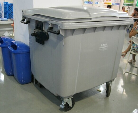 1100L wheeled afval container
