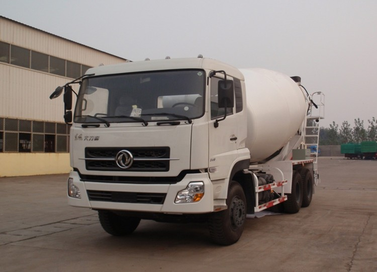 2015 China new Sinotruck Howo 10m3 6x4 small concrete mixer truck