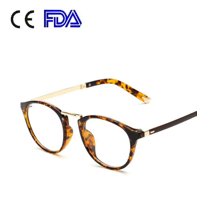 Superhot 2017 Fashion Retro Round Glasses PC Material Frames Vintage Nerd Reading Glasses Optical Myopia Eyewear 155701