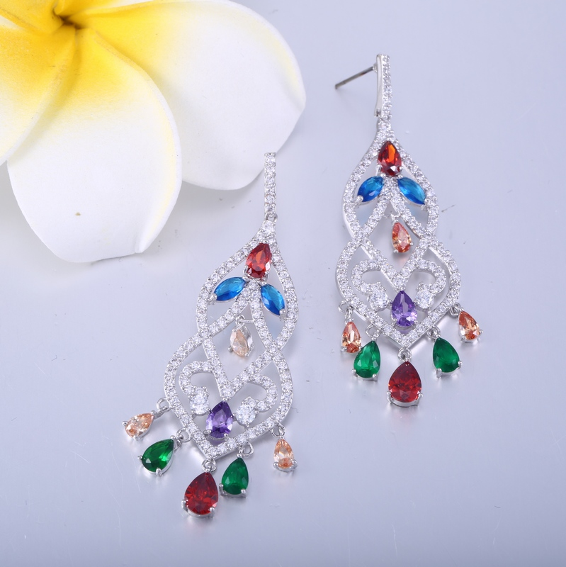 2017 most popular zirconia diamond earing drop manufactured in China