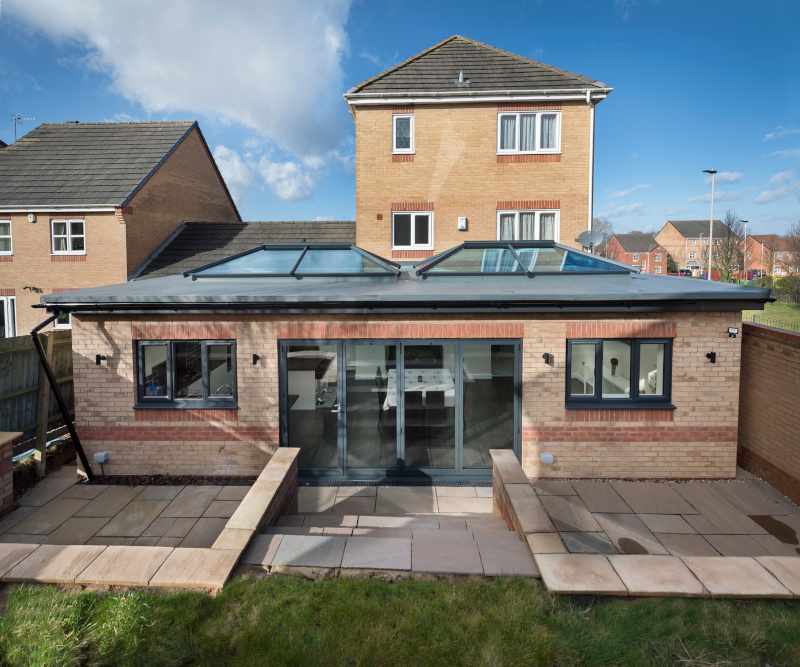 Topwindow Aluminium Insulated Laminated Glass Roof Folding Sliding Door For Lean-to Conservatories
