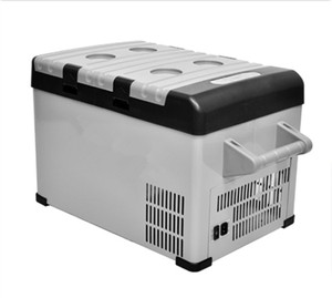 A 25L 12V/24V Portable Mini Car Fridge Freezer
