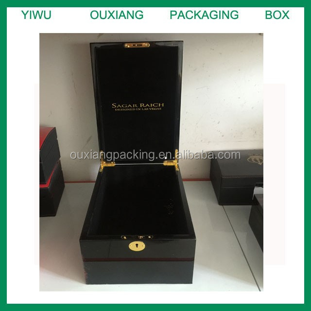 Piano Black Lacquer Finish Hot Sale Luxury Wooden Hat Box With Key Lock Buy Wooden Hat Boxcheap Hat Boxeshat Boxes For Sale Product On Alibabacom