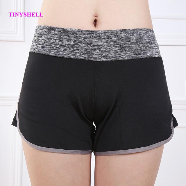 sexy-girls-in-spandex-shorts-jamie-foxx