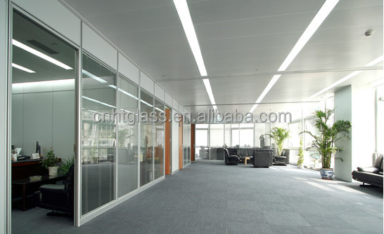 China supplier12mm gehard glas kantoor glazen wand buy product on - Verwijderbare partities ...