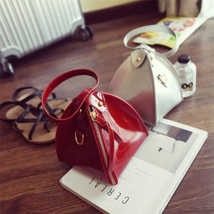 2017 most popular fashion small <strong>handbag</strong> for girls cheap waterproof sling bag