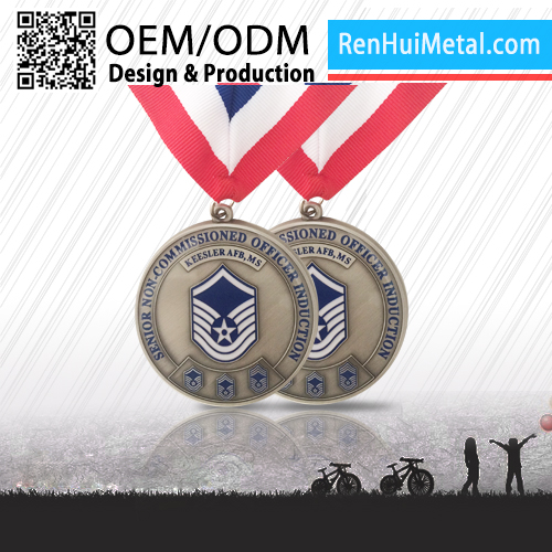 Promotional custom logo creative gifts medal factory china