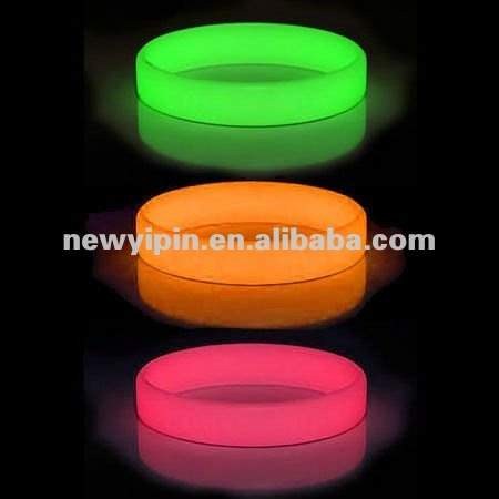 OEM Glow in the dark printed custom design logo silicon bracelet wristband rubber band