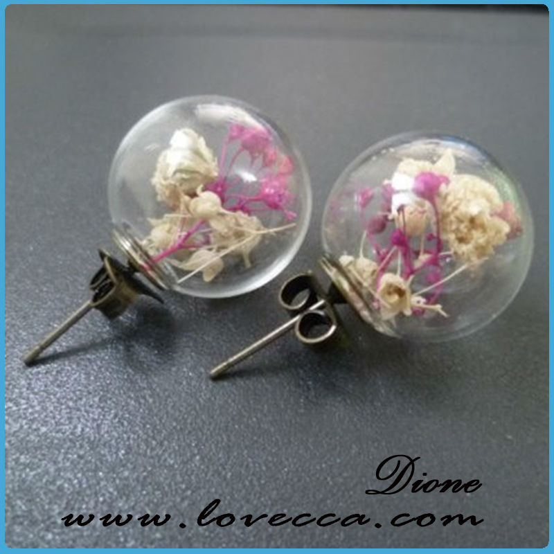 little cute animals with dried flowers round glass cover glass ball for necklace