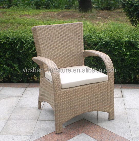 Banquet chair dinner arm chair in wicker rattan material