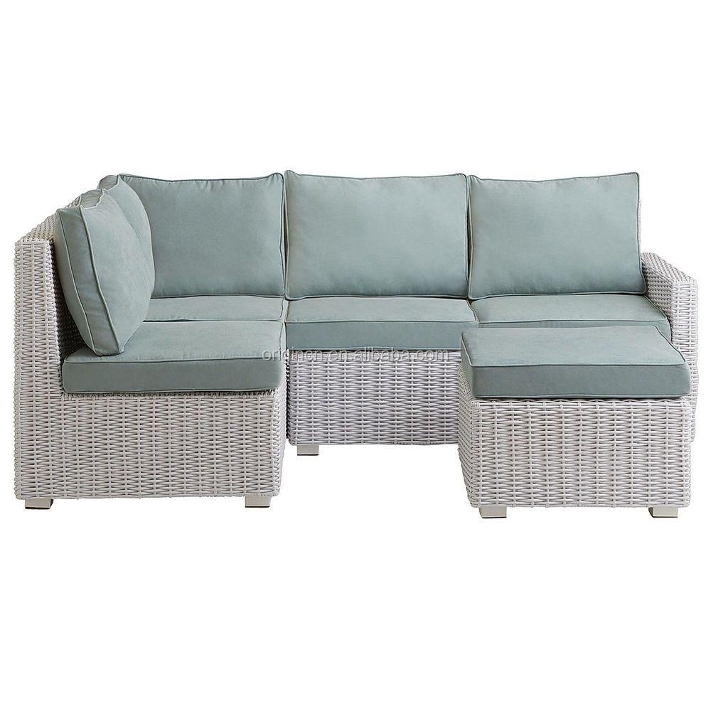 petit espace pas cher blanc en rotin ext rieur canap d 39 angle avec pouf en osier meubles de. Black Bedroom Furniture Sets. Home Design Ideas