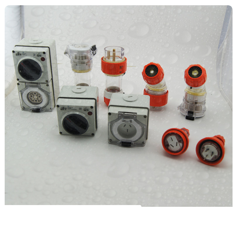 Australia IP66 32A 500V 5 Round Pins 56Series Electrical Waterproof Straight Extension Socket