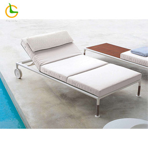 2018 adjustable outdoor garden swimming pooL beach sun lounger with back wheel